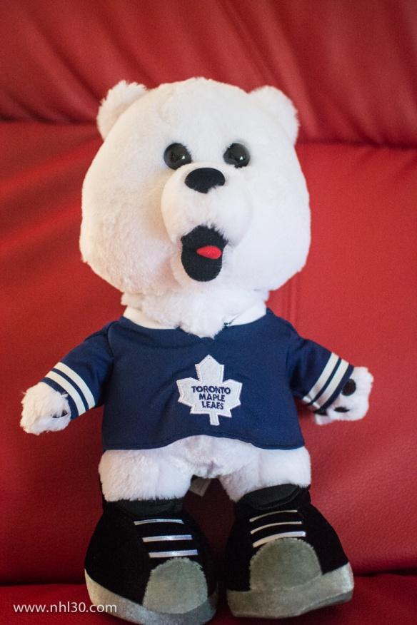 Leafs mascot Carlton.